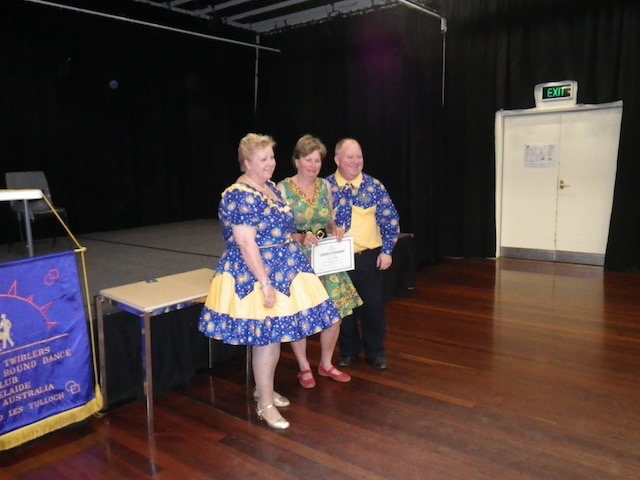 Square Dance graduation 2012 034.jpg